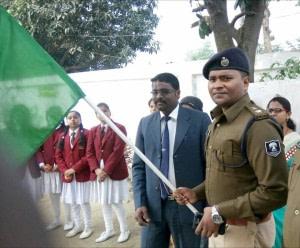 बदलाव की हरी झंडी... कप्तान साहब, इसे थामे रखिए... काफिला ज़रूर बनेगा... ज़रूर बढ़ेगा