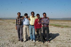 भोजताल में साथियों के साथ सुदीप।